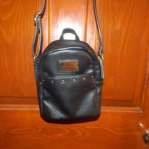Tommy Hilfiger Bags - Tommy Hilfiger leather black bag small gold